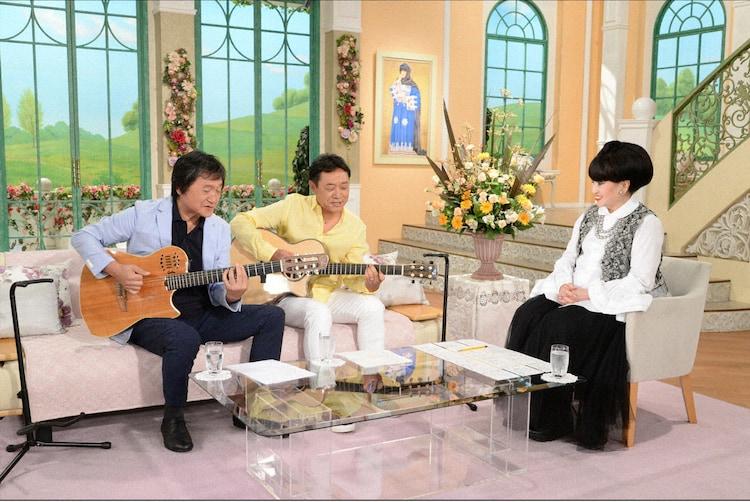 左から南佳孝、杉山清貴、黒柳徹子。(c)テレビ朝日