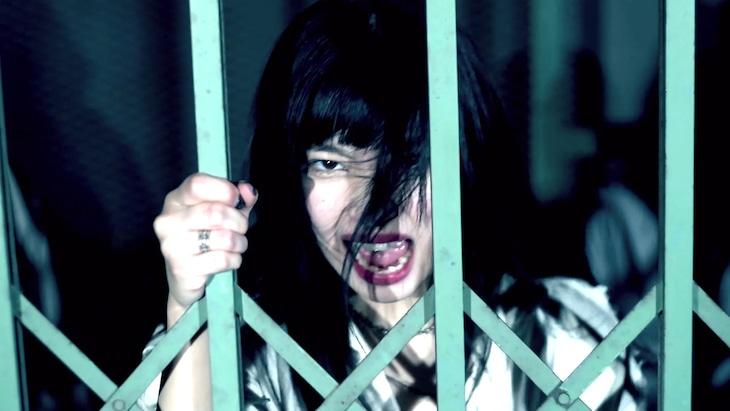 BRATS「どうだってよかった」ミュージックビデオのワンシーン。