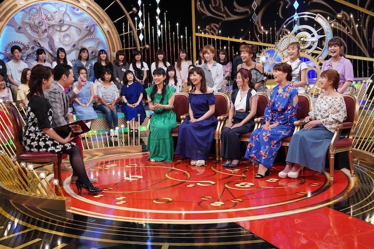 「1周回って知らない話」収録の様子。(c)日本テレビ
