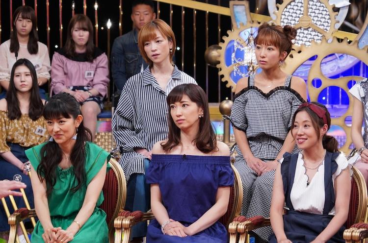 上段左から吉澤ひとみ、辻希美、下段左から石黒彩、飯田圭織、福田明日香。(c)日本テレビ