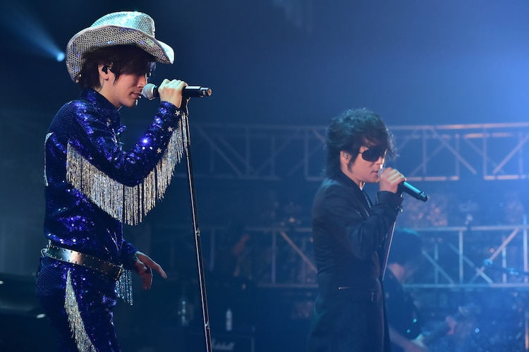 左からDAIGO、森友嵐士(T-BOLAN)。(Photo by MASA)