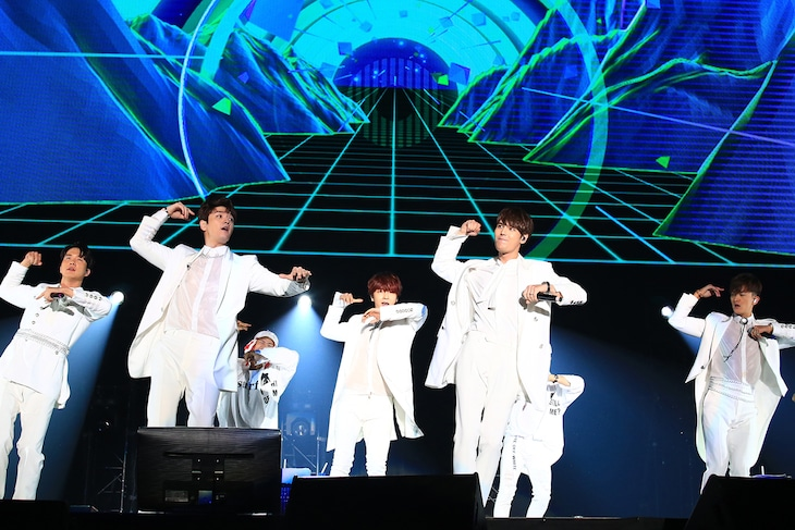 「FANMEETING 2018~HOME~Y+SJ+K+JH+G…」の様子。(撮影:横内禎久)