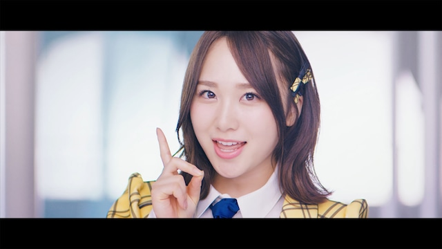 AKB48「センチメンタルトレイン」ミュージックビデオより高橋朱里。(C)AKS/キングレコード