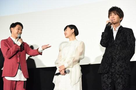 「相手が岩田剛典……はい、諦めましょうと思いました」と話す須賀健太(左)。
