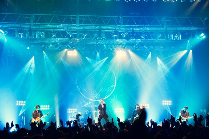 「Survive Said The Prophet VR EXPERIENCE」の様子。(Photo by Reiji Yamasaki)
