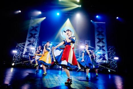 チームしゃちほこ「SYACHI SUMMER 2018 -crazZY!×SWEAT」の様子。(撮影:川嶋謙吾、渡邊玲奈[田中聖太郎写真事務所])