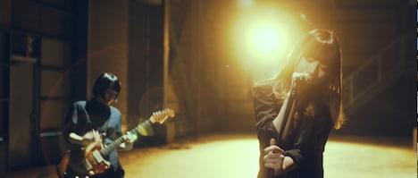 PEDRO「自律神経出張中」ミュージックビデオより。