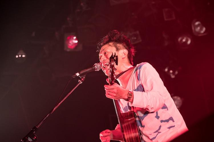 ジョニー大蔵大臣(水中、それは苦しい)(Photo by Masayo)