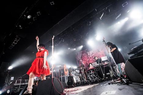 大森靖子&シン・ガイアズ(Photo by Masayo)