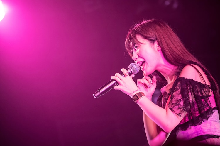 ぱいぱいでか美(Photo by Masayo)