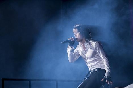 稲葉浩志(Vo)(写真提供:VERMILLION RECORDS)