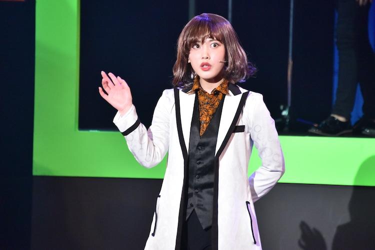 伊藤純奈(乃木坂46)演じる七色いんこ。