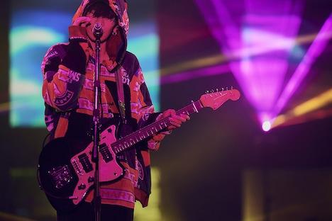 「米津玄師 2018 LIVE / Flamingo」10月27日公演の様子。(撮影:太田好治)