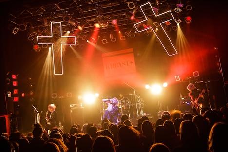 11月1日の「KHRYST+ LIVE #000000」の様子。(撮影:コザイリサ)
