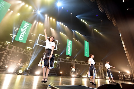 Negicco「relive MY COLOR」の様子。