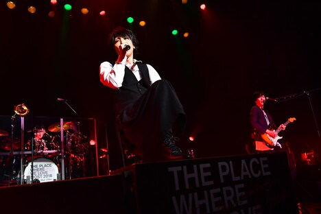 「SID 15th Anniversary LIVE HOUSE TOUR『いちばん好きな場所 2018』」東京・マイナビBLITZ赤坂公演の様子。(撮影:今元秀明)