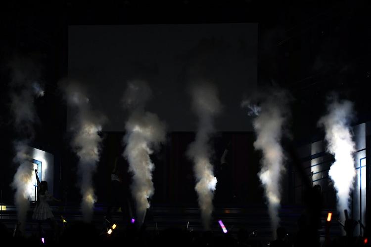 「イロドリミドリ LIVE'18 ~第2話『Over the 7 Lights』~」の様子。