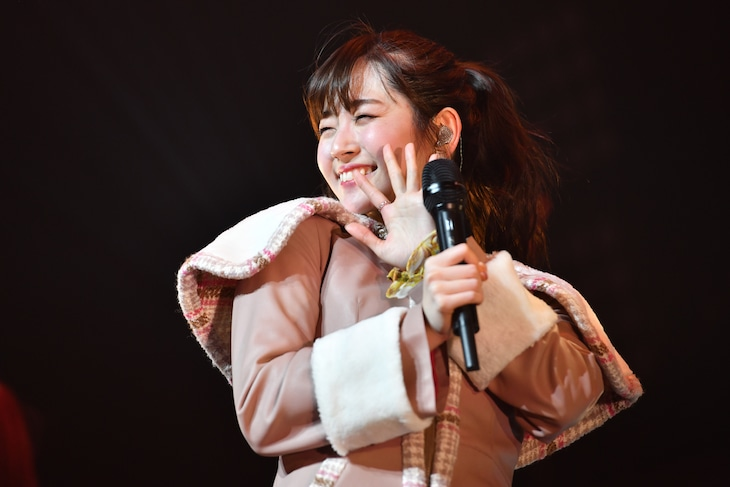 """「鈴木愛理 LIVE TOUR 2018 """"PARALLEL DATE""""」最終公演の様子。"""