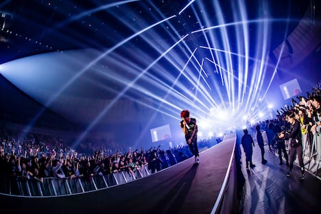 「MY FIRST STORY S・S・S TOUR FINAL at Yokohama Arena」2日目公演の様子。(Photo by TAKASHI KONUMA)