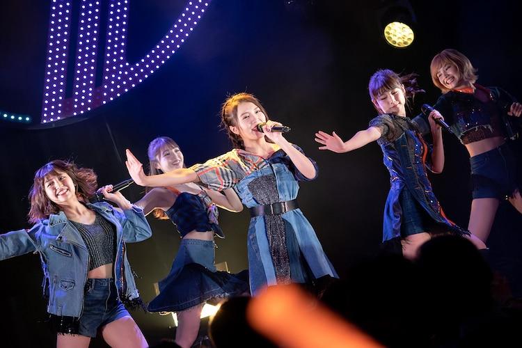 東京パフォーマンスドール「渋谷 LIVE CIRCUIT ~バレンタインナイト~」の様子。(写真提供:EPICレコードジャパン)(写真提供:EPICレコードジャパン)