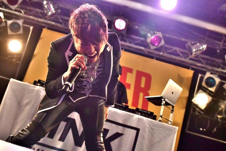 西川貴教「SINGularity」リリースイベント東京公演の様子。(撮影:小川舞)
