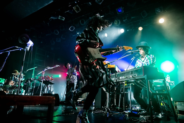 "「Rei Release Tour""Rei of Light""」東京・LIQUIDROOM公演の様子。(Photo by Stephen Jackson)"