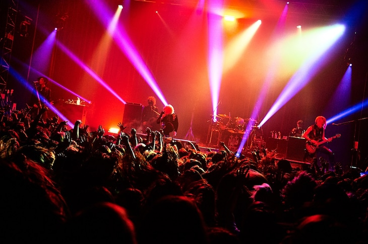 the GazettE「LIVE TOUR18-19 THE NINTH PHASE#03 激情は獰猛」東京・TSUTAYA O-EAST公演の様子。(Photo by Keiko Tanabe)