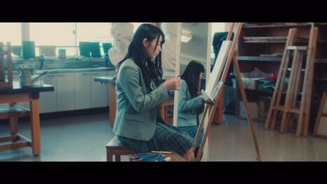 日向坂46「けやき坂46ストーリー ~ひなたのほうへ~」柿崎芽実編のワンシーン。