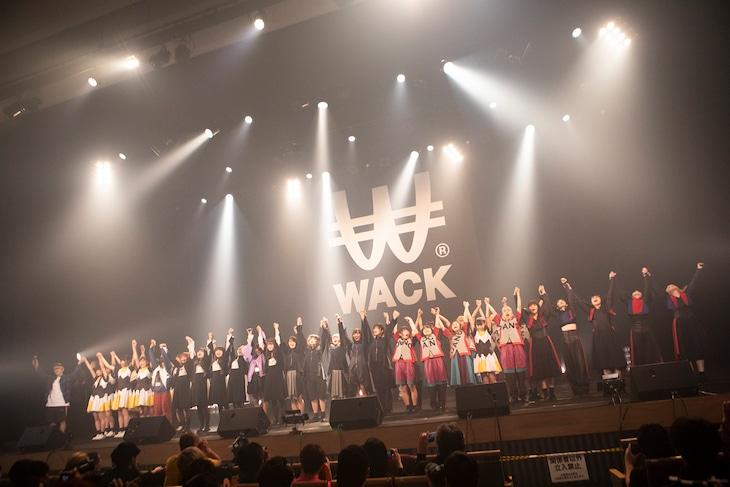 「WACK EXHiBiTiON」の様子。(Photoy by kenta sotobayashi)