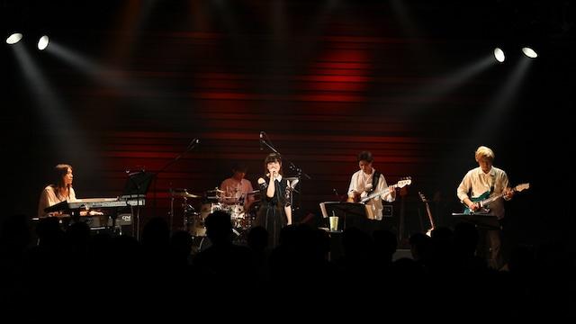 武藤彩未「武藤彩未 Live  ~A.Y.M.Night~」の様子。
