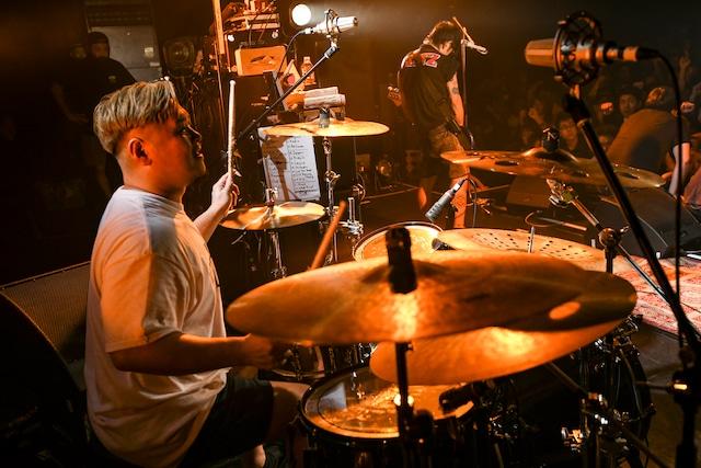 Eiji(Dr / Ken Yokoyama)(Photo by Teppei Kishida)