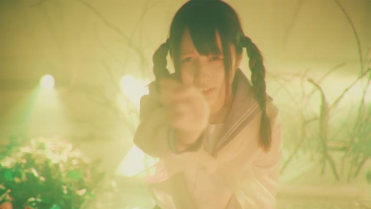 星歴13夜「愛し泡沫ト」MVのワンシーン。