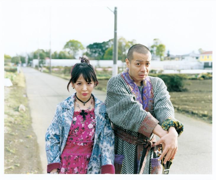 大森靖子と峯田和伸(銀杏BOYZ)。