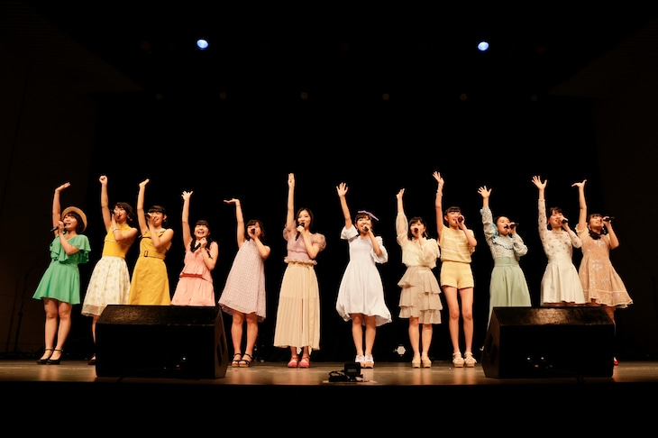 「BEYOOOOONDS 応援企画FCイベント~晩春の陣ZIN~」の様子。(写真提供:アップフロントグループ)