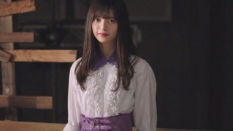 乃木坂46「Sing Out!」ミュージックビデオのワンシーン。