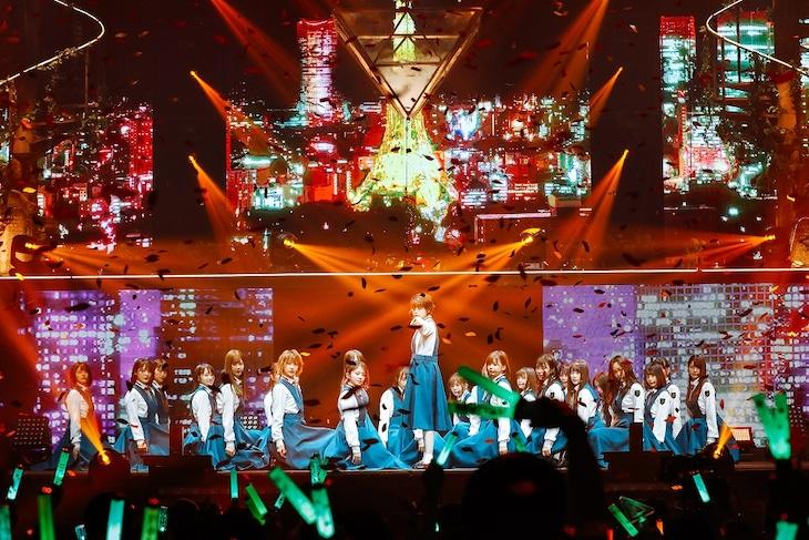 「欅坂46 3rd YEAR ANNIVERSARY LIVE」東京・日本武道館公演の様子。(撮影:上山陽介)
