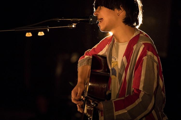 尾崎世界観(クリープハイプ)(撮影:冨田味我)