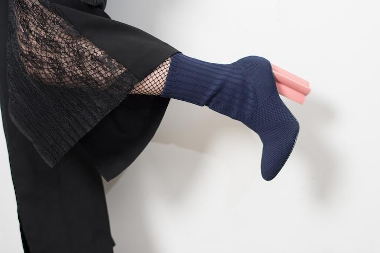 佐々木萌のソックスブーツ。