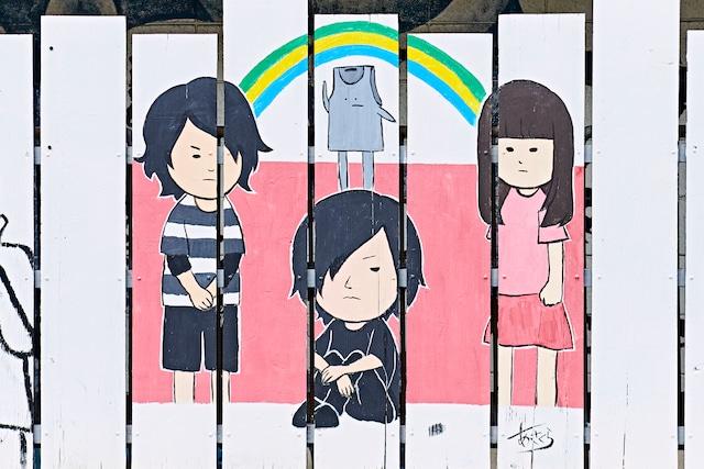 外壁に描かれているヤバイTシャツ屋さんのイラスト。