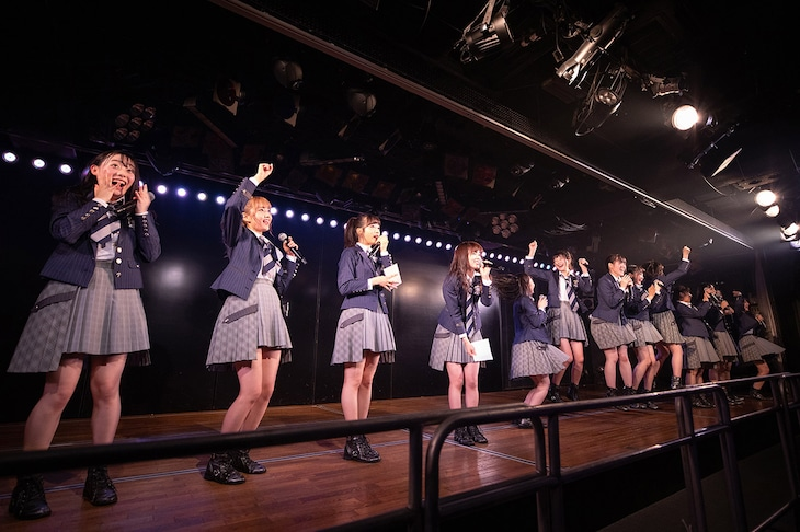 「岡部チームA『目撃者』公演」の様子。(c)AKS