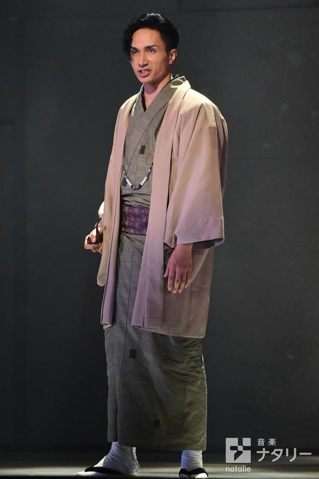 橘ケンチ主演舞台「魍魎の匣」ゲネプロの様子。