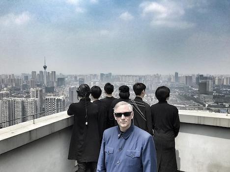 マーク・リーダーとSTOLEN