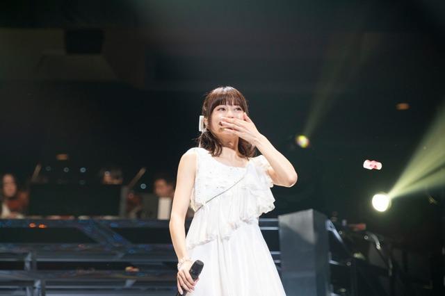水瀬いのり「animelo mix presents Inori Minase LIVE TOUR 2019 Catch the Rainbow!」 の様子。(写真:加藤アラタ、堀内彩香)