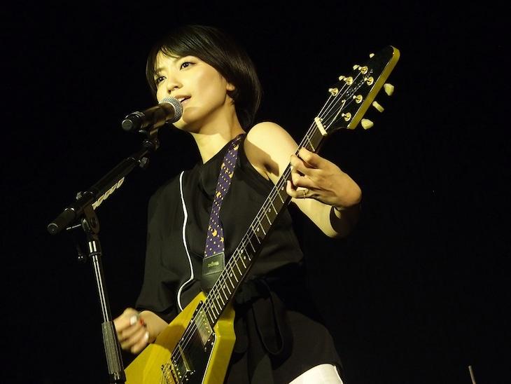 「Japan Expo」でのmiwa。(写真提供:ソニー・ミュージックレコーズ)