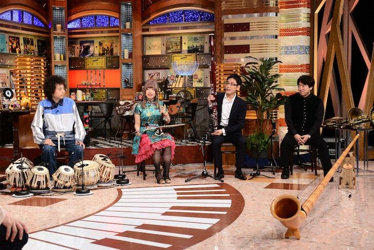 左から、U-zhaan、KiRiKo、石川晃、森泰。(c)テレビ朝日