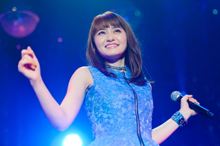 「中島 愛 10th Anniversary Live ~Best of My Love~」の様子。