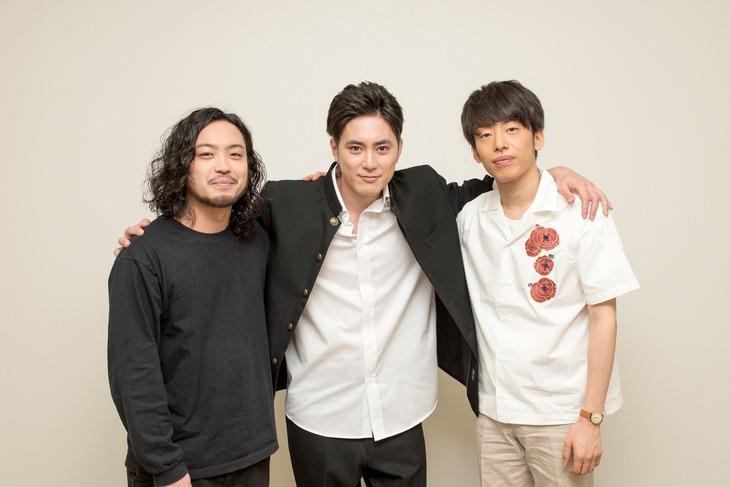 左からR-指定、間宮祥太朗、DJ 松永。 (c)テレビ朝日