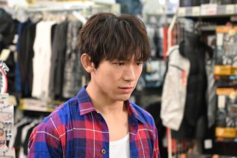 「ブスの瞳に恋してる 2019」よりEXILE NAOTO演じる鈴野理。