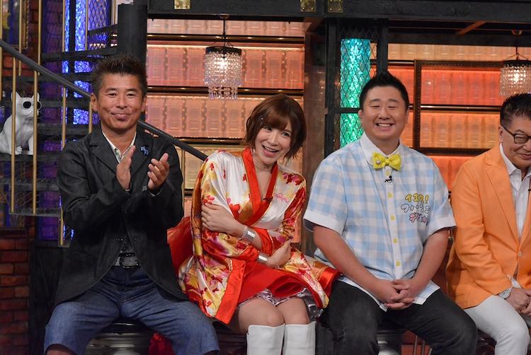 左から勝俣州和、手島優、フォーリンデブはっしー、生島ヒロシ。(c)読売テレビ