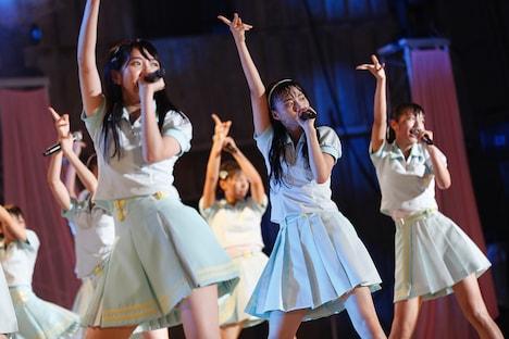 「=LOVE ≠ME スペシャルコンサート『24 girls』」の様子。(写真提供:SACRA MUSIC)